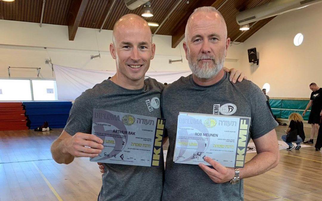 Instructeurs Rob & Arthur slagen voor E1 en E2 examen in Israël